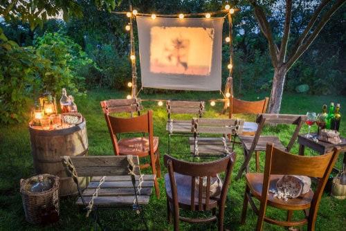 family outdoor movie night