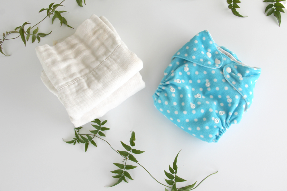 Alva Baby diaper cover and prefolds