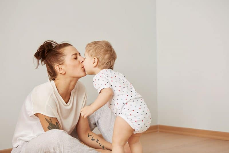 how to be a calm mom just embracing the chaos of a toddler