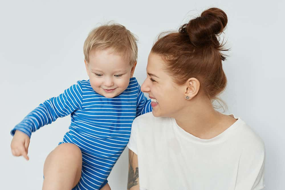mom and toddler happy because of toddler schedules