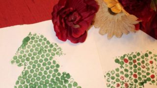 Christmas Tree Print Making for Kids (Featuring Bubble Wrap!) – The Salty Mamas