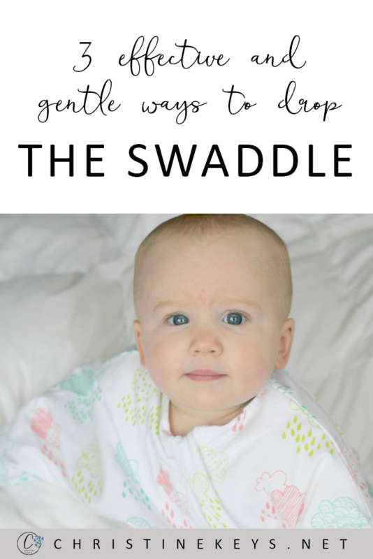 3 Effective and Gentle Ways To Drop The Swaddle || Use one or a combo of these three methods to wean your baby from the swaddle! #baby #swaddle #weaning #motherhood #babies #parenting