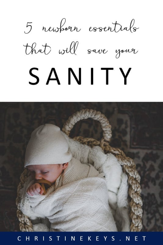 5 Newborn Essentials That Will Save Your Sanity || Make things easier during the newborn stage by making sure you have these products on hand! #parenting #newborn #baby #babies #postpartum #motherhood #babyproducts #swaddles