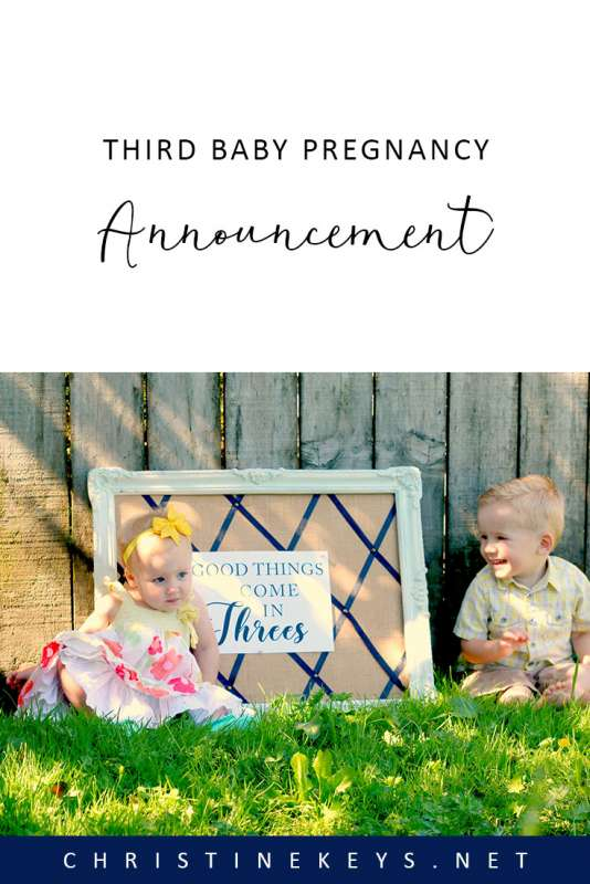 Third Baby Pregnancy Announcement || Find out how we announced our pregnancies with all three of our children! #pregnancy #motherhood #parenting #pregnancyannouncement #babies #baby