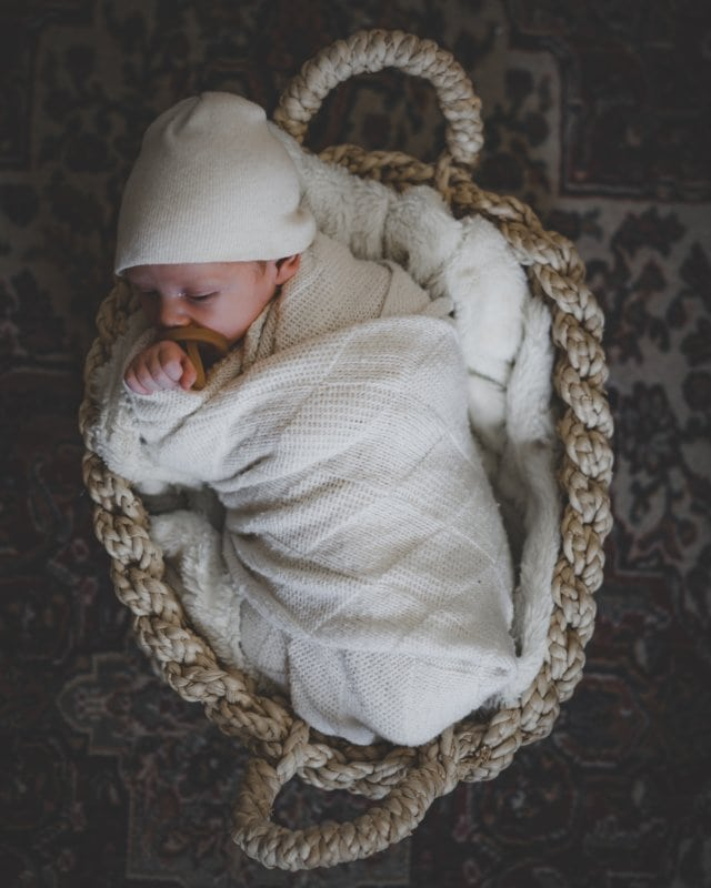 5 Newborn Essentials That Will Save Your Sanity